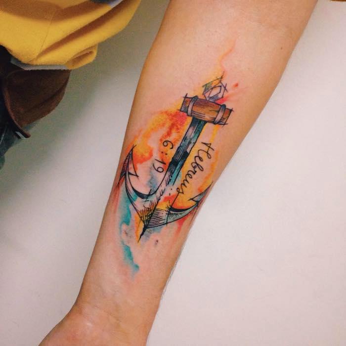 bedeutung anker, tattoos für frauen, wasserfarben tattoo am arm