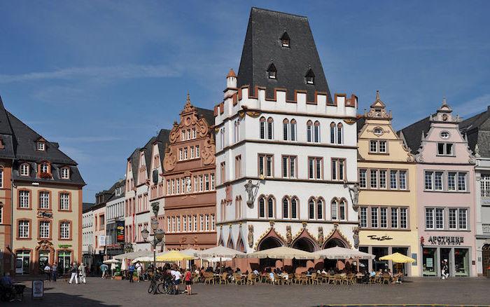 schöne urlaubsorte in deutschland trier kleinstadt das vieles zum besuchen und erleben anbietet schöne architektur von deutschland