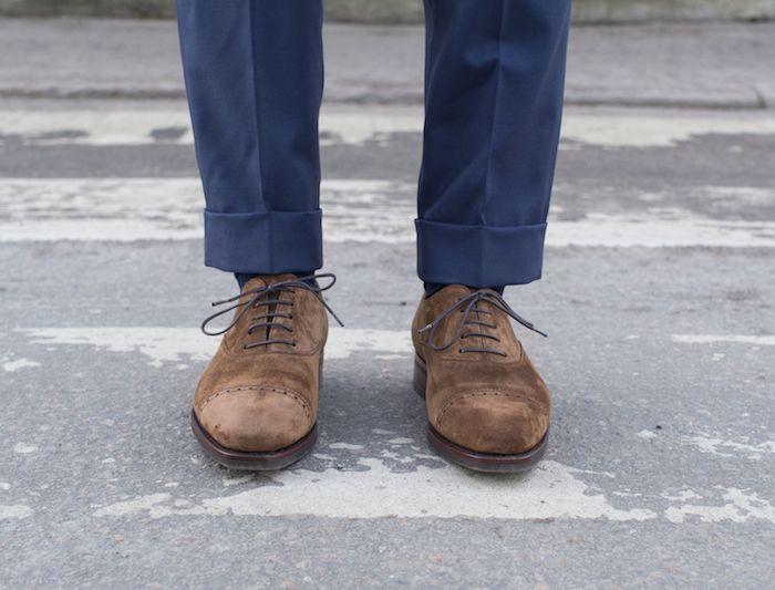 braune business schuhe business-casual style für den mann von heute samt oberfläche bequeme schuhe