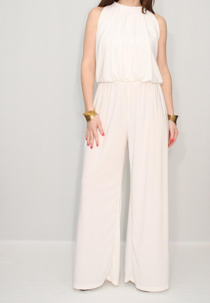 jumpsuit damen elegant ein breites design für alle damen die den komfort vor allem stellen große goldene armbänder schöne ideen damenmode