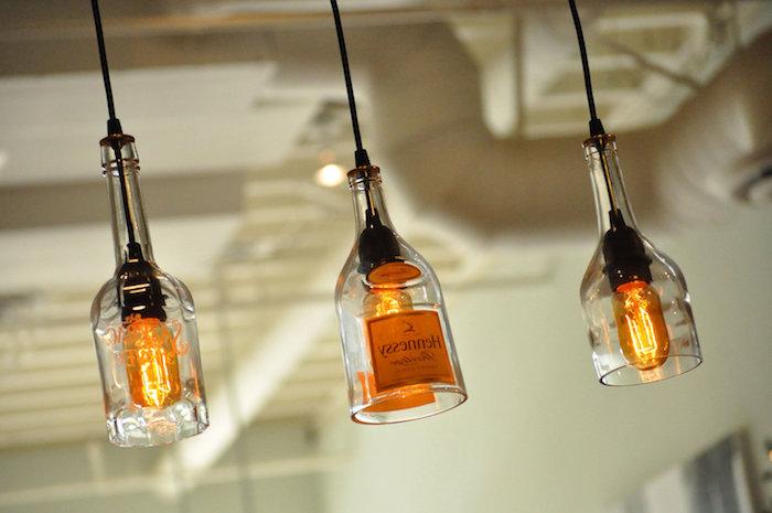 lampen und leuchten - eine hängelampe mit drei orangen hängeleuchten aus glas - lampen selber machen