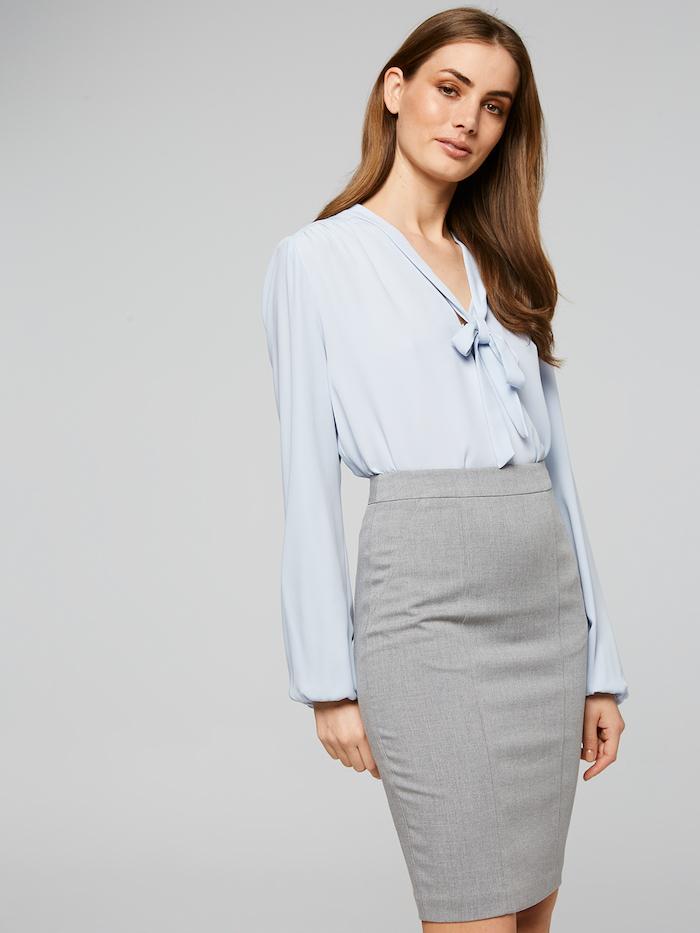 damen oder männer anzug was gefällt ihnen am besten rock, hemd und sakko oder jeans hemd plus blazer anzug business casual