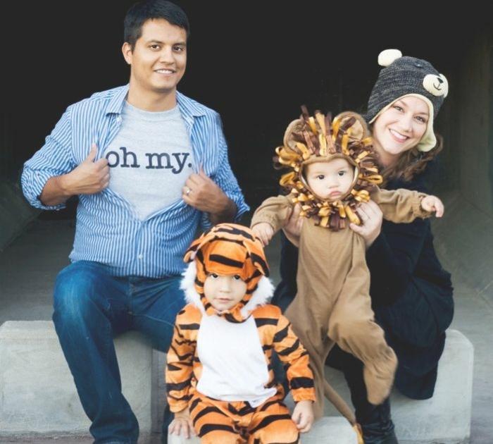 wie sich die ganze Familie zu einer Party verkleidet - wie wilde Tiere - Mottoparty Ideen