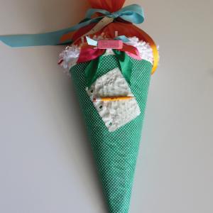 Schultüte basteln - ein persönliches Geschenk für den Erstklässler!