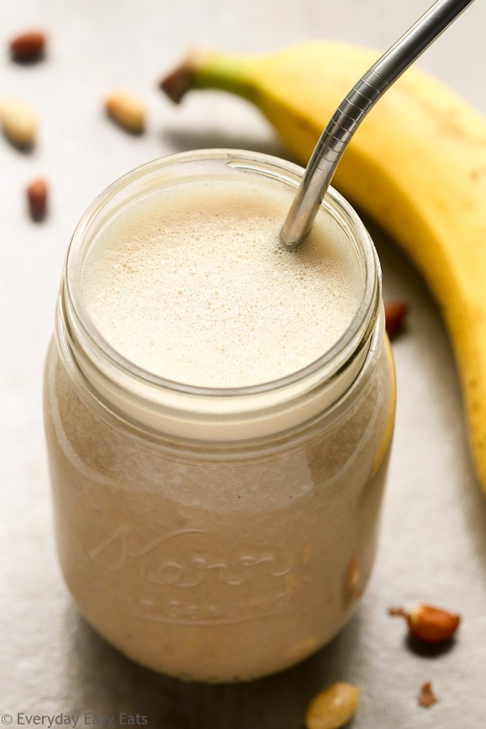 protein shake selber machen, selbstgemachtes proteingetränk mit bananen