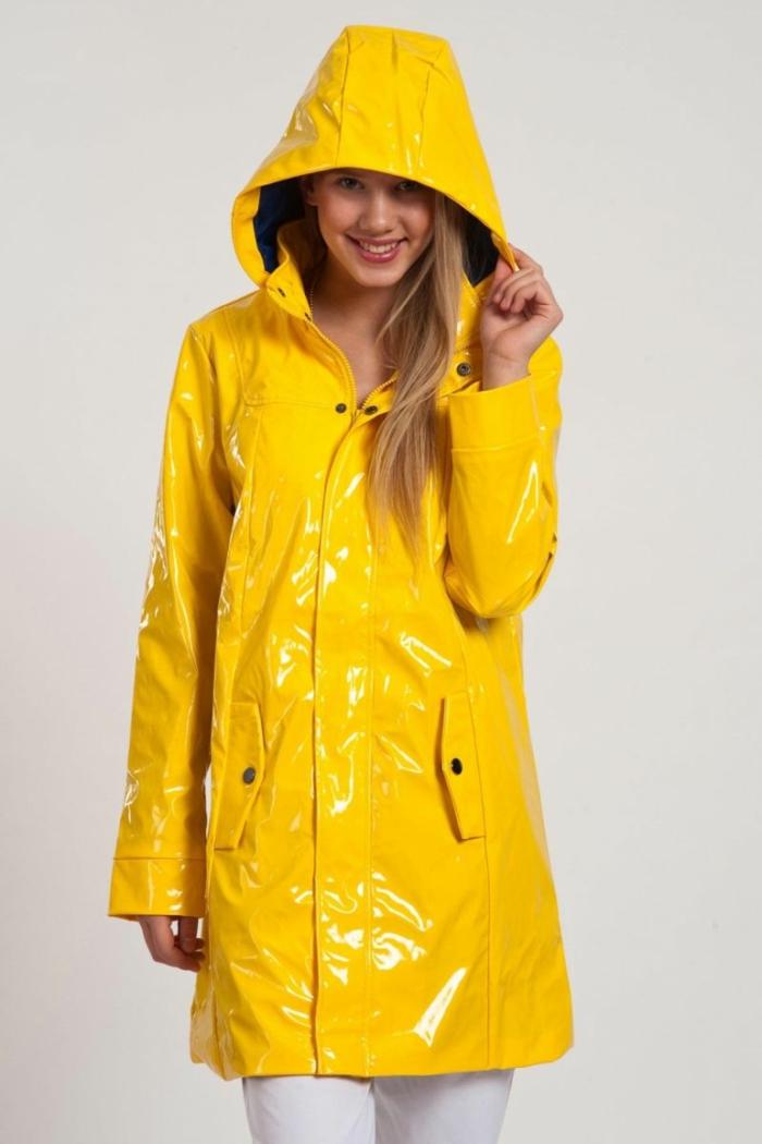 wollen Sie ein schnelles Kostüm, dann besorgen Sie einen gelben Regenmantel