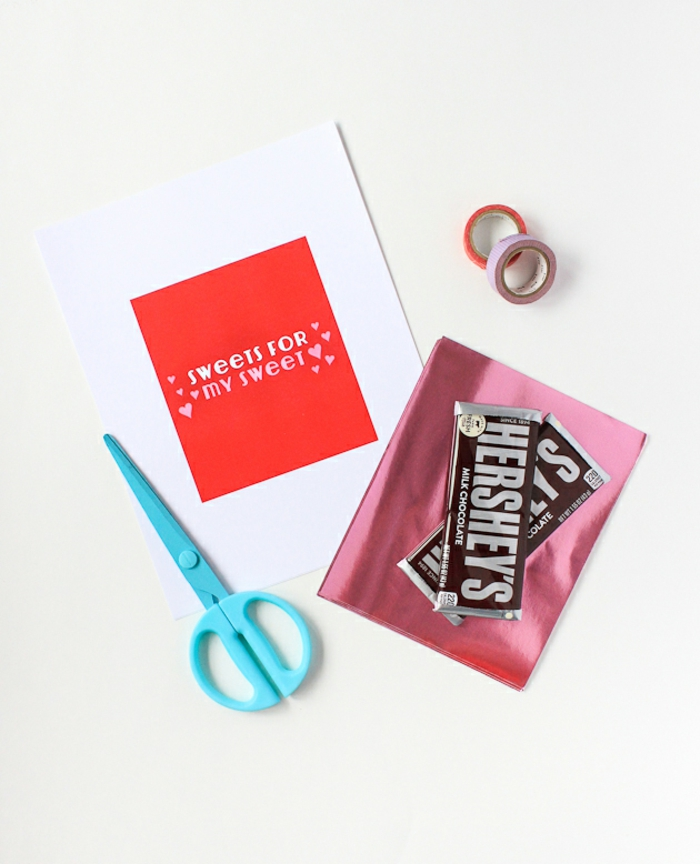 Schokolade in personalisierter Verpackung, süße Überraschung zum Valentinstag, Geschenkideen für Männer