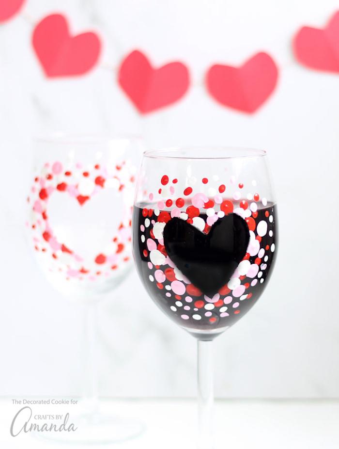 valentinstag geschenke für männer deko ideen auf gläser geschenk für die beiden herz gestaltung deko