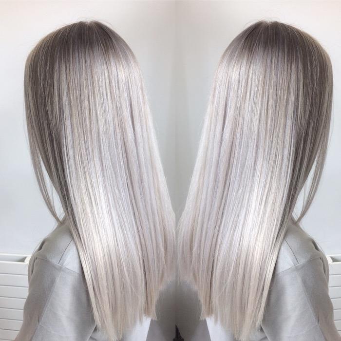 Silberblond - aus zwei Ecken sehen wir das prächtige silberblonde Haar dieser Frau