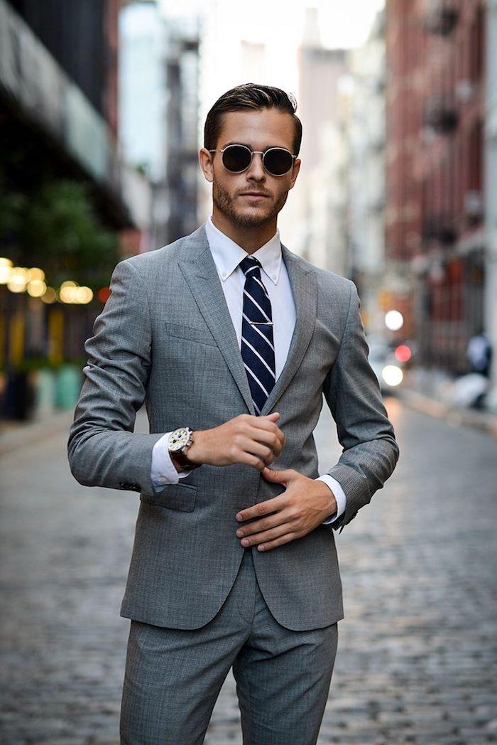 wenn sie sich fragen ob sie krawatte oder fliege anzug anziehen sollen ideen zum stilvollen outfit von männern