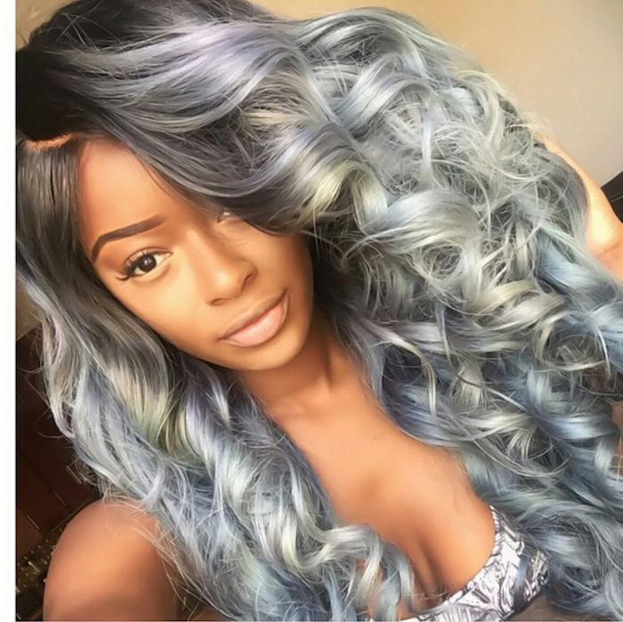 Silberblonde Haare - ein nettes Mädchen mit lockigem Haar und interessante Schminke