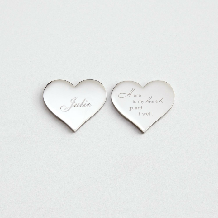 Gravierte Herz-Krawattennagel zum Valentinstag schenken, romantische Geschenkidee für Männer
