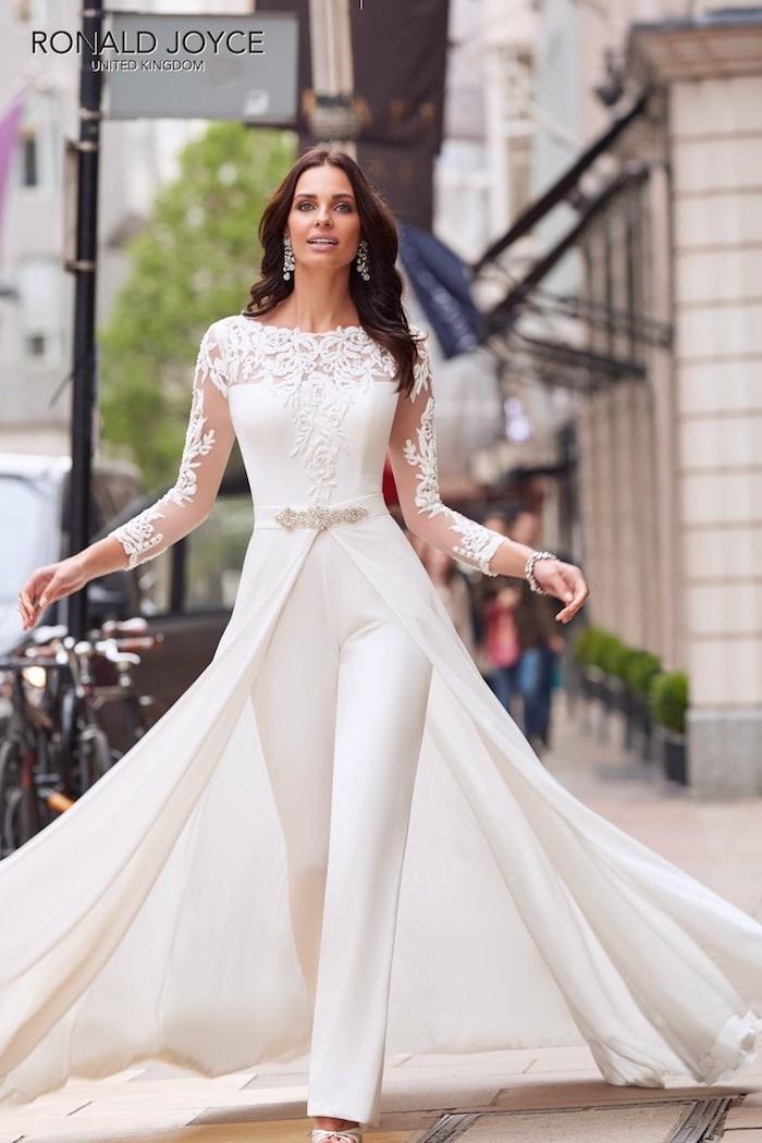 ein perfektes model eleganter jumpsuit zum erstaunen schöne model braut brautoutfit mode moderne bekleidung für braut