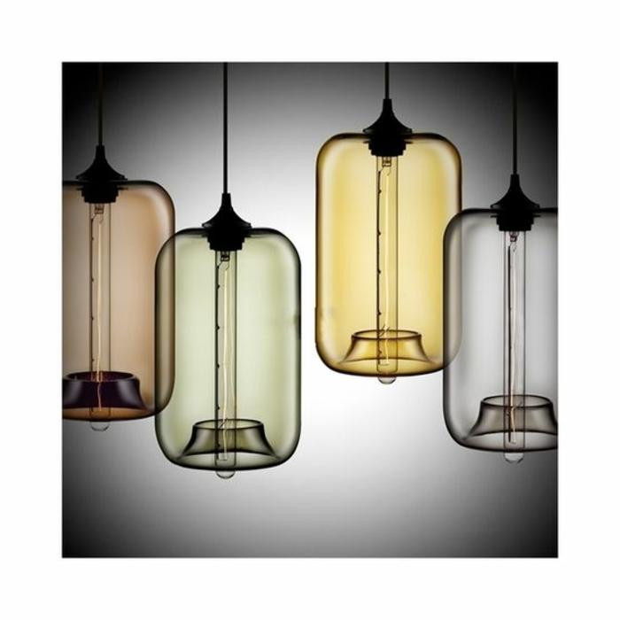 moderne Kronleuchter aus farbigem Glas mit purem Design mit kleinen langen Glühbirnen