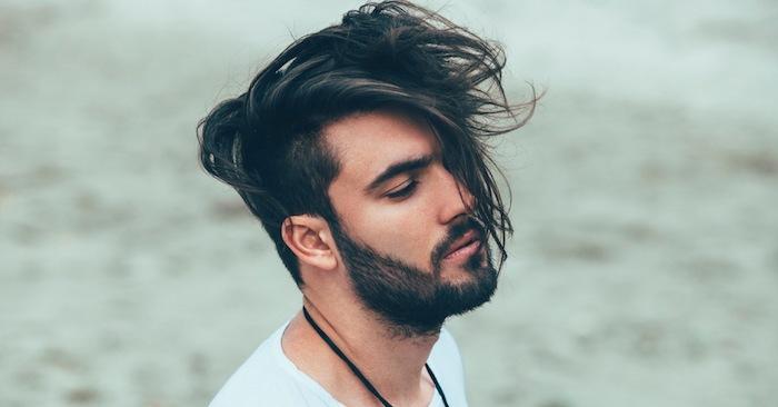 lange haare männer, trendige männerfrisuren 2018, mann mit langen haaren