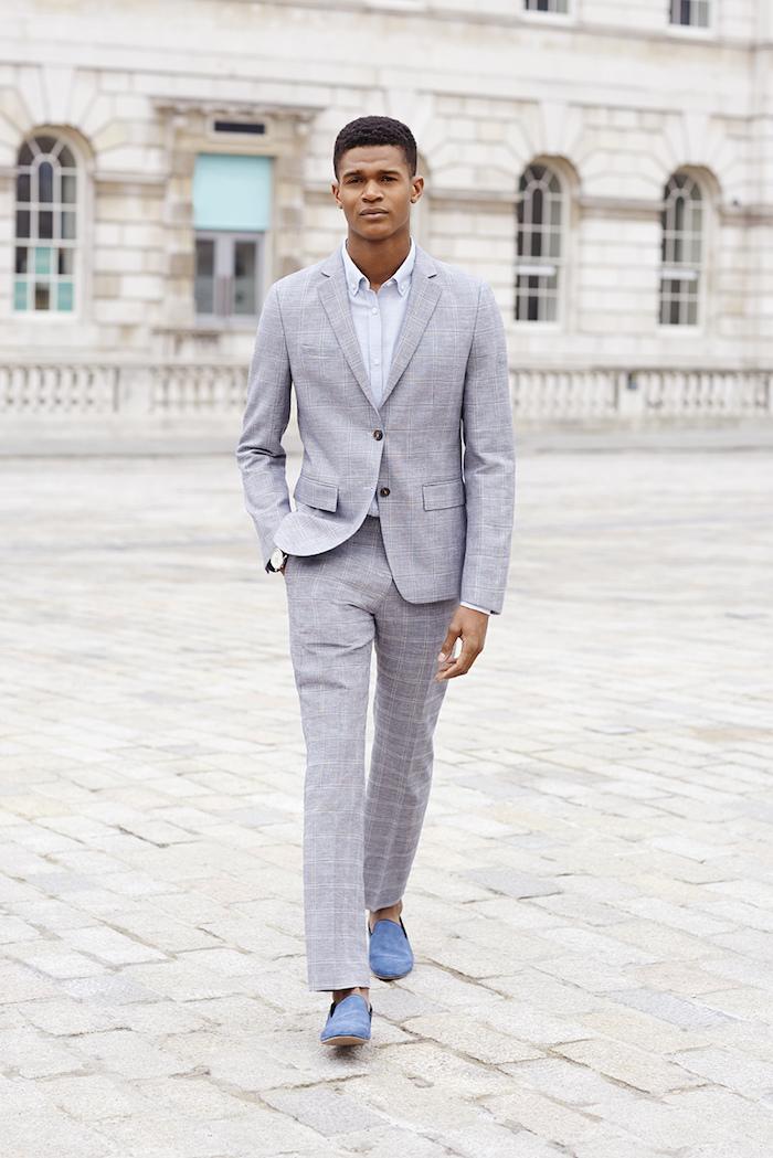 anzug farbe ideen für jeden hellgrau kariert mit weißem hemd und hellblauen schuhen ideen zum stylen