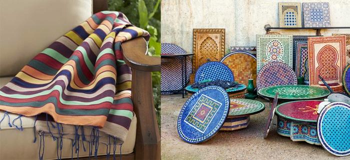 orientalische Sitzecke - typische marokkanische Möbel mit Mosaik in Kontrastfarben, orientalische Möbel - runde Kaffeetische mit Mosaik, Armstuhl aus Holz mit zwei Kissen in Grau-Beige und einer bunten Schlafdecke mit Streifen