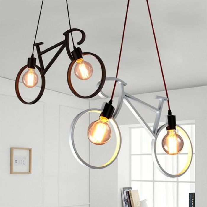 Kronleuchter modern - Fahrrad-Lampe, Kronleuchter-Fahrrad in weißer und schwarzer Farbe mit zwei Birnen
