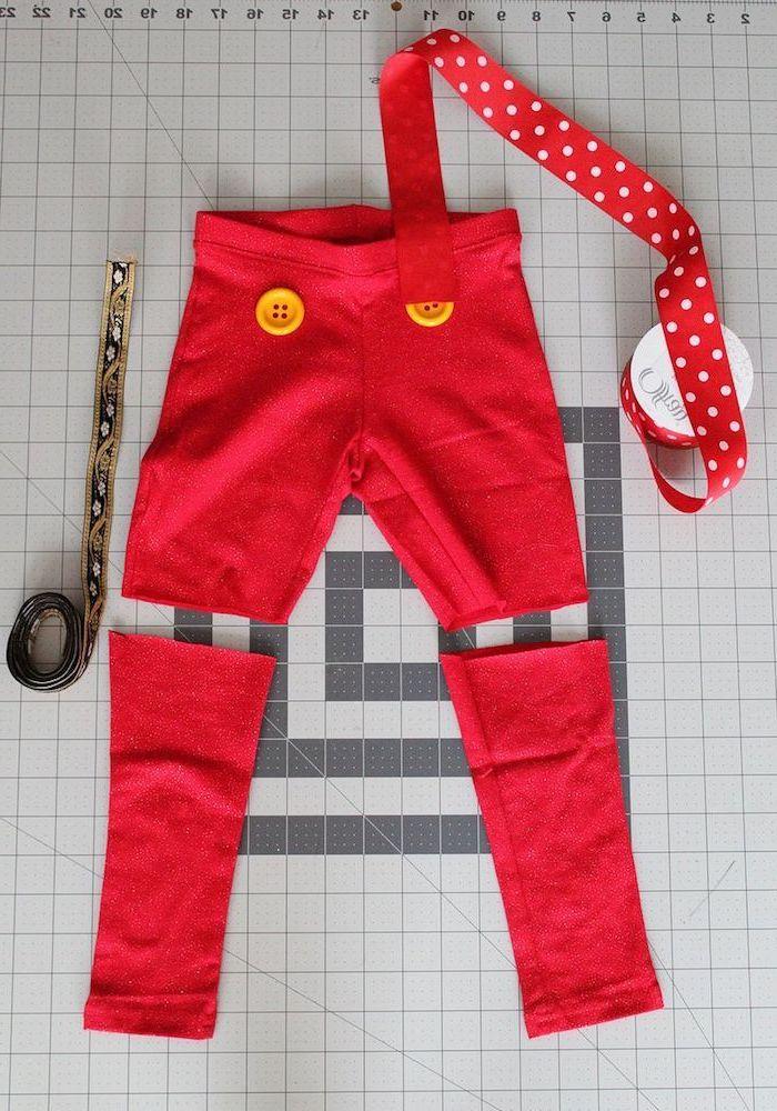 Pinocchio Kostüm selber machen einfach und schnell, rote Hose mit gelben Knöpfen