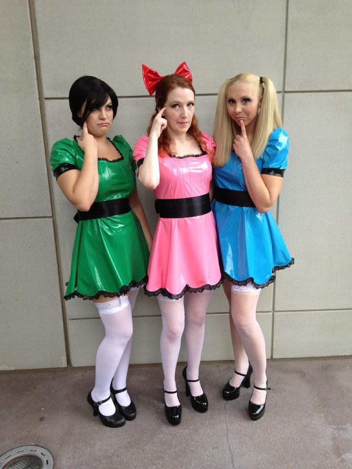 coole Ideen - drei Frauen, die als Powerpuff Girls kostümiert sind