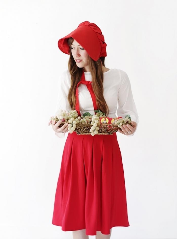 Rotkäppchen Kostüm für Fasching, weißes Hemd, roter Rock und rotes Käppchen, Korb voll mit Früchten