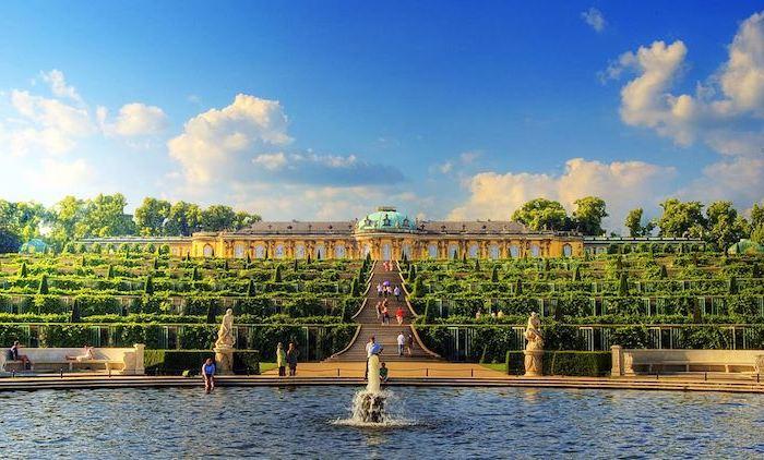 urlaubsorte top 10 potsdam sehenswürdigkeiten sans soussi fontains garten schöne sehenswürdigkeiten von der stadt