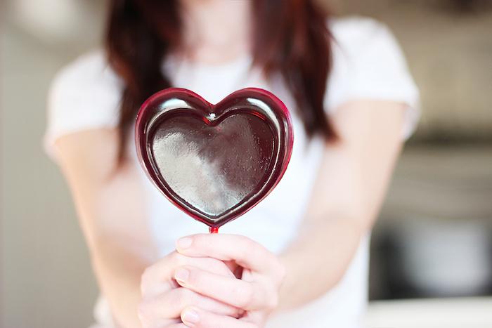 kreative valentinstag geschenke für freund weinlutscher lutscher ideen damen und herren romatik und lust haben