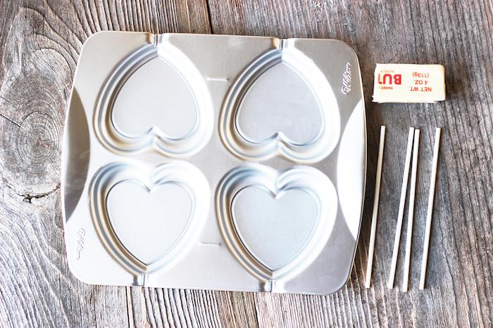 inspirierende geschenke valentinstag ideen zum entlehnen lutscher aus wein und zucker selber machen herzform