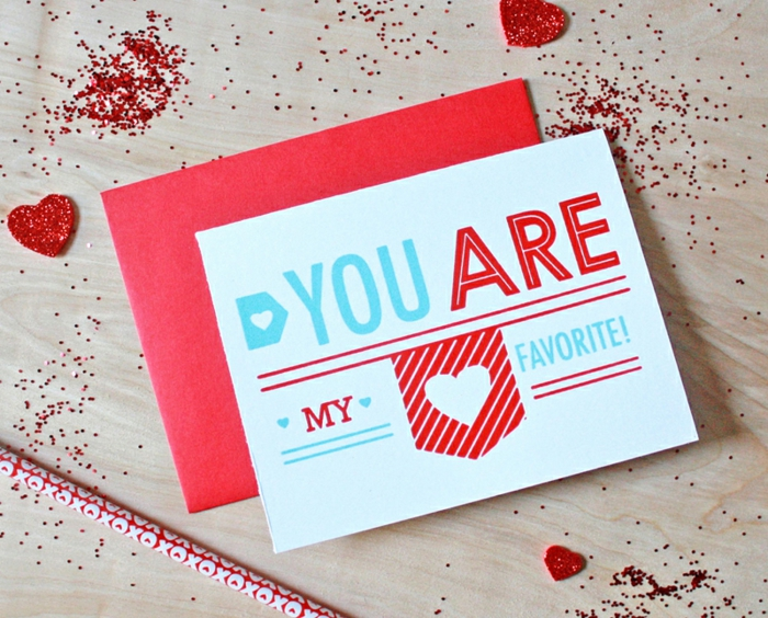 Valentinskarte für Mann, kleine Herzen mit Glitzer verziert, kleine Überraschungen zum Valentinstag