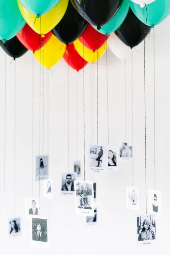 Fotos befestigt an bunten Luftballons, romantische Überraschung zum Valentinstag, Geschenkideen für Männer
