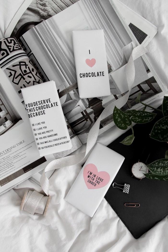 kreativ einfache geschenke zum valentinstag gestalten schokolade in einer selbst gemachten verpackung machen