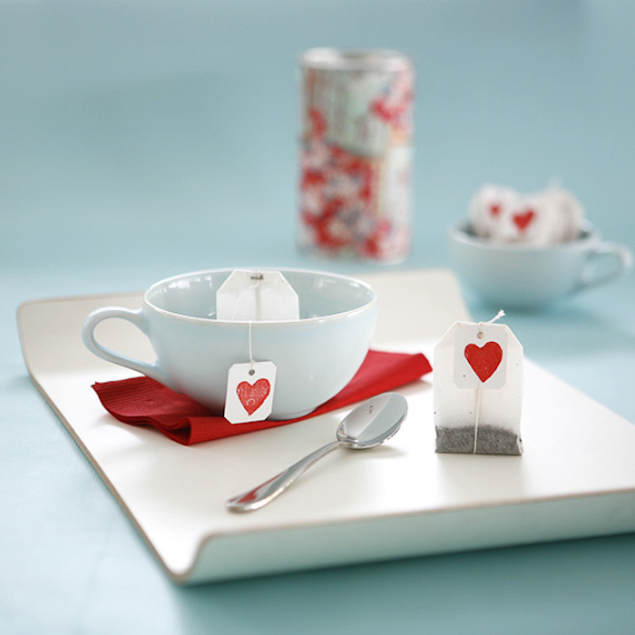 ideen zum valentinstag valentinstagsgeschenke für sie teepäckchen in form von herzchen gestalten ideen