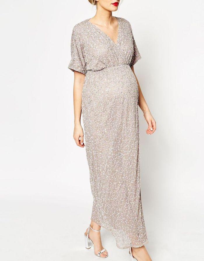 maxi kleider hochzeit ideen schwangerschaft mit stil idee silberne sandalen absatzschuhe für schwangere