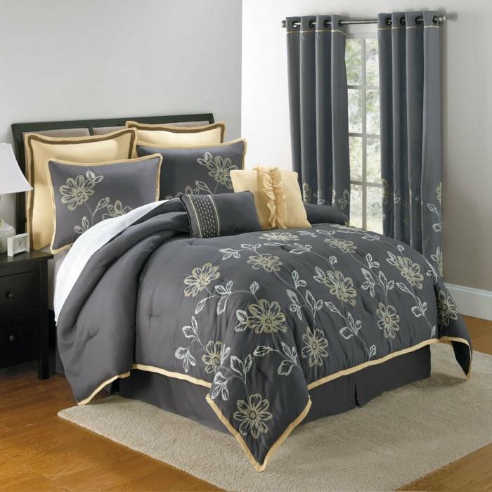 ein harmonisches Schlafzimmer modern gestalten mit abgestimmten Bettwäsche und Vorhängen