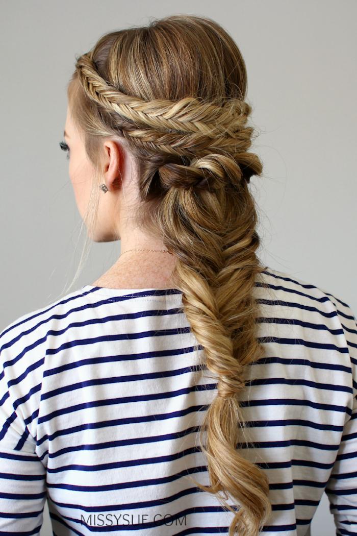 Flechtfrisur für lange Haare, Fischgrätenzopf selber flechten, Frisur für besondere Anlässe