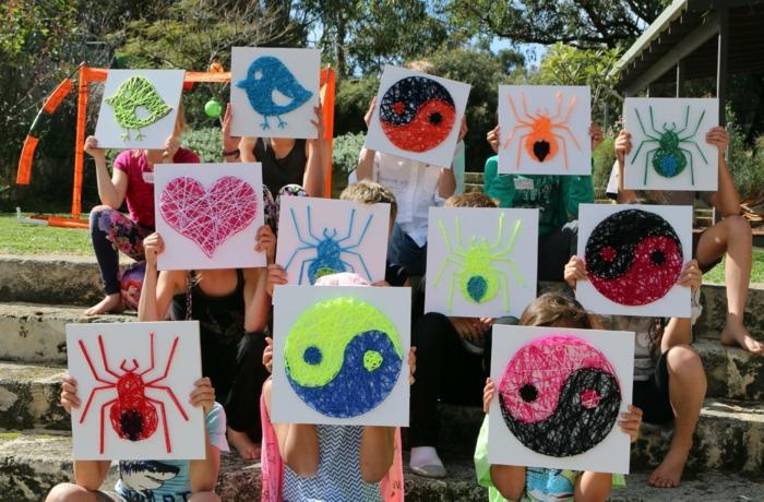 String Art Vorlage, eine Gruppe von Kindern, die originelle Kunstobjekte geschaffen haben