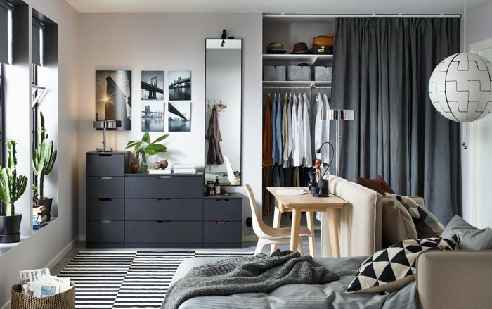 Schlafzimmer Inspiration aus IKEA, graue Decke, grauer Vorhang und Ikea Lampe