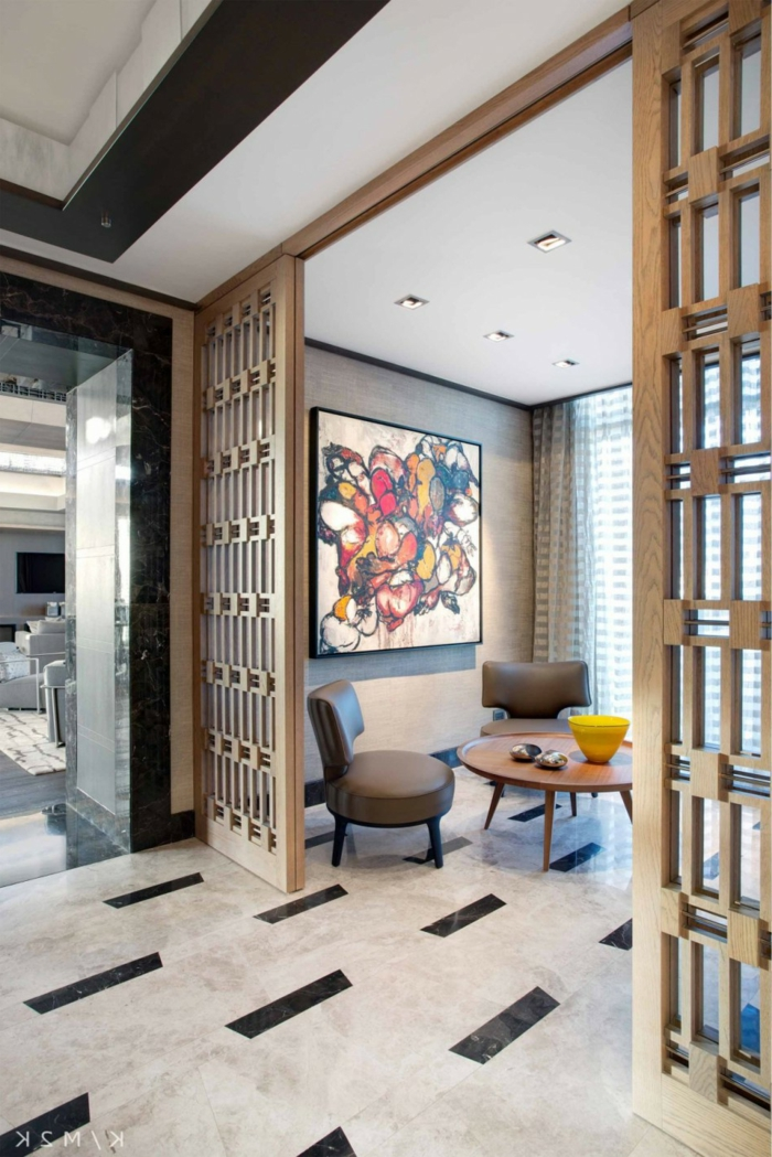 mobile Trennwand aus Holz, einen privaten Raum abgrenzt, Raumtrenner Ideen