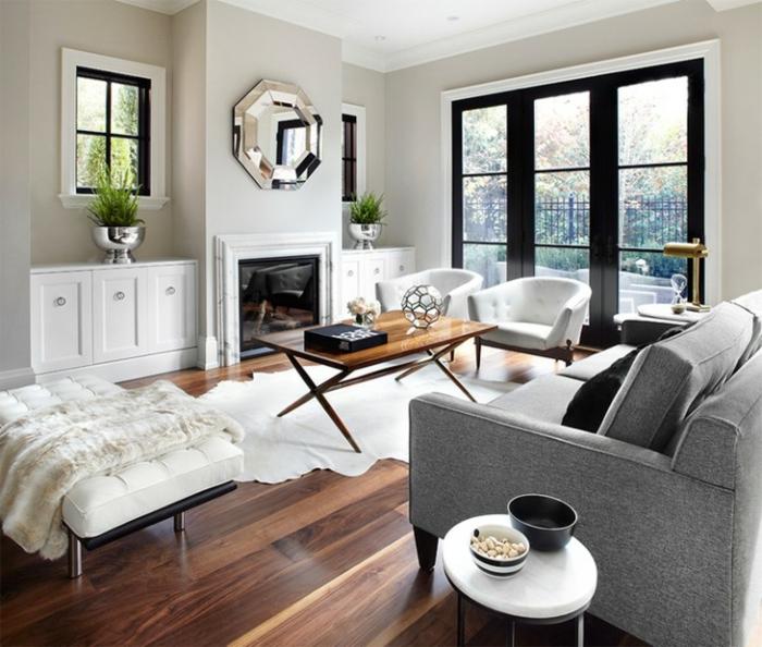 weiße und graue Wohnzimmermöbel, Wohnwand selber zusammenstellen mit einer Spiegel mit silbernem Rahmen
