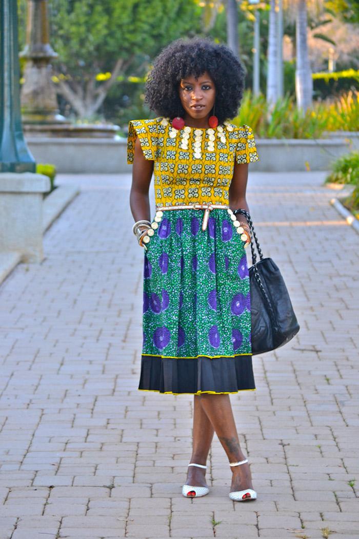 bunte und festliche kleider zur hochzeit tragen frauenmode interessante muster farben design und kreativität bei der bekleidung