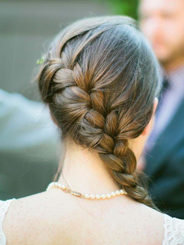 Wasserfall Zopf, französischer Zopf am Nacken, geflochtene Frisuren Hochzeit