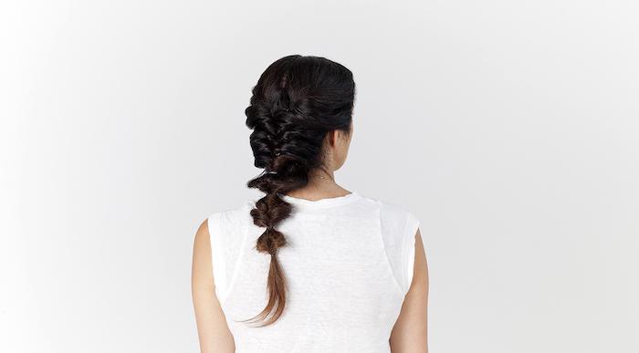 frisuren lange haare, einfache flechtfrisur, haare flechten, alltagsfrisur