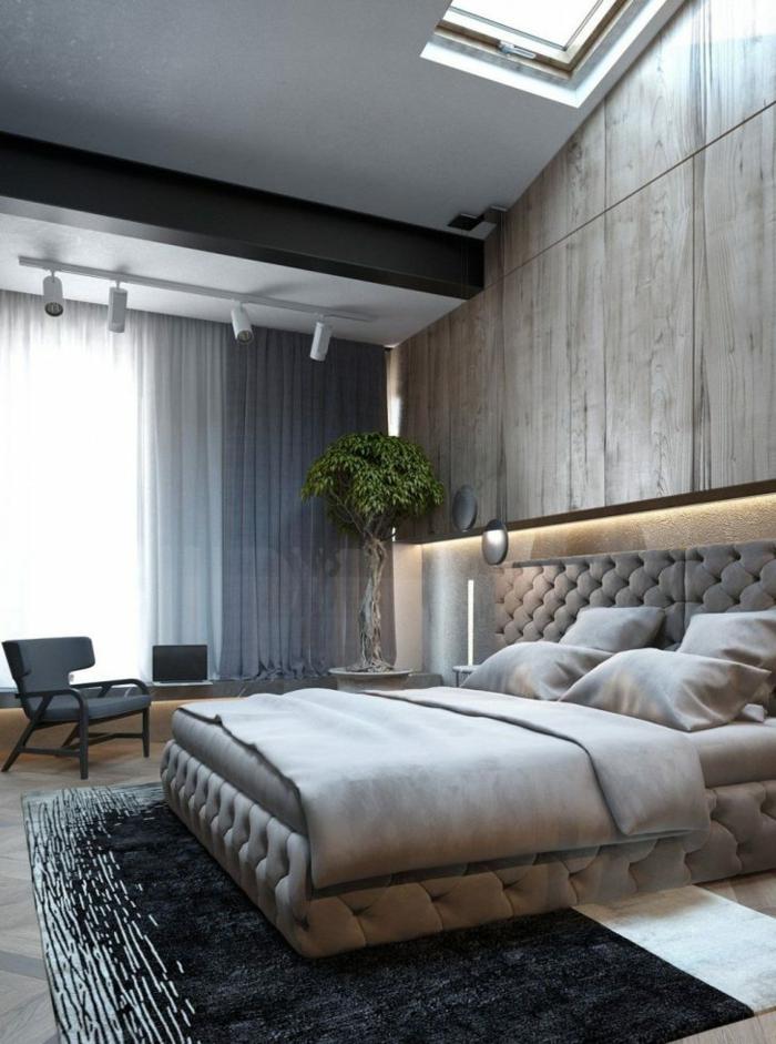 einige Schlafzimmer einrichten Beispiele, gepolstertes Bett in beiger Farbe, schwarzer Stuhl