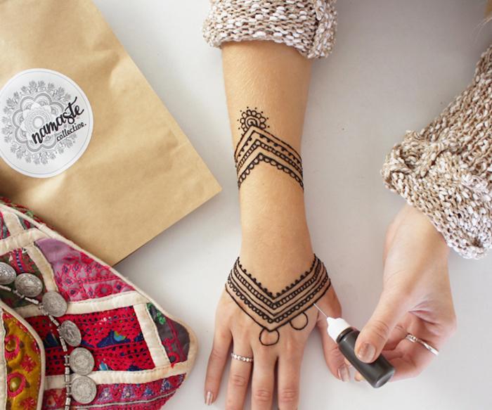 henna stift, diy tätowierung mit henna, arm mit henna verschönern, henna motive