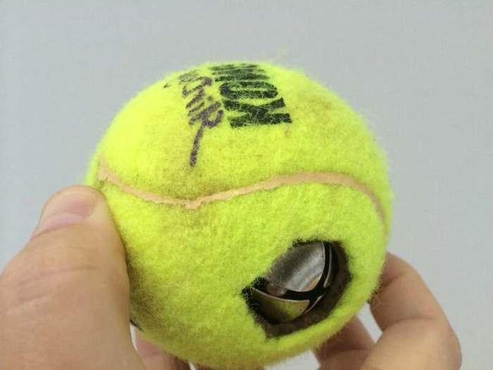 hundespielzeug ball mit glöckchen, hundespiele, selbstgemachtes hundespielzeug