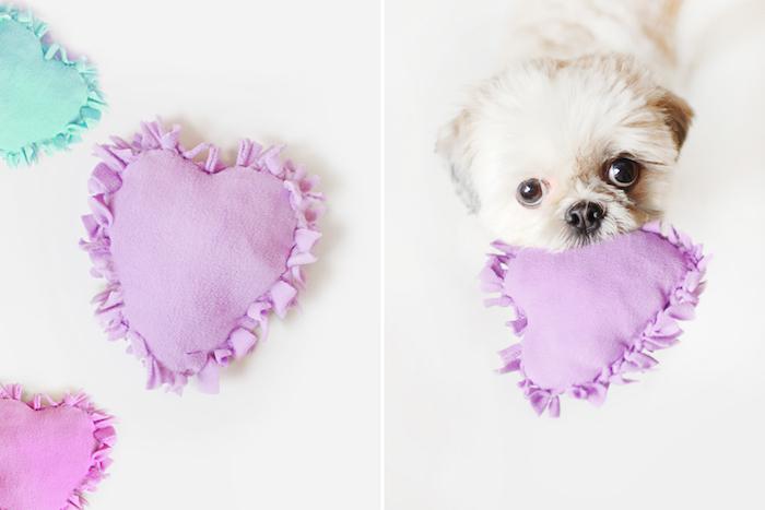 hundespielzeug selber basteln, spielzeuge aus stoff für kleine hunde, herzen