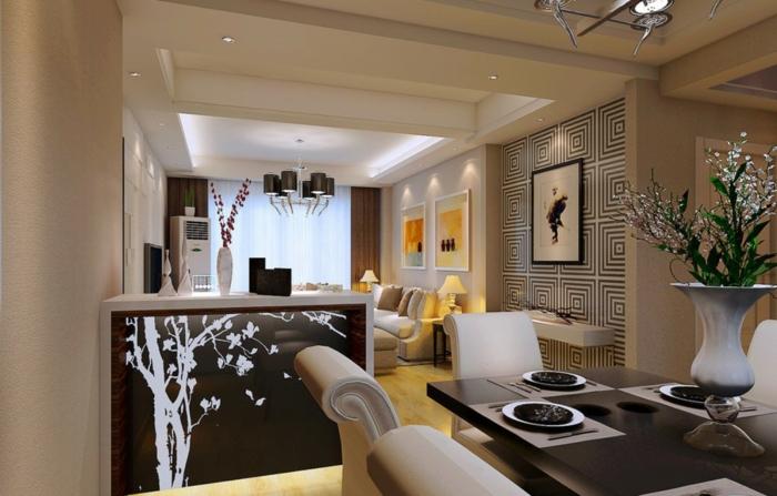 Einzimmerwohnung, Raumtrennung durch eine Theken mit Wandtattoo von Baum