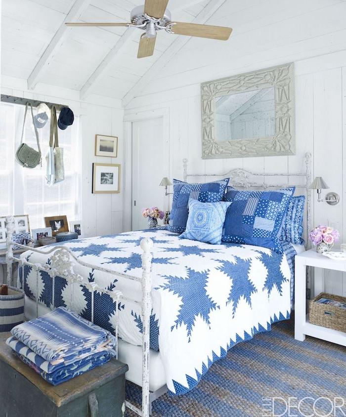Shabby Chic Schlafzimmer, zarte Pastelltöne und Gebrauchsspuren