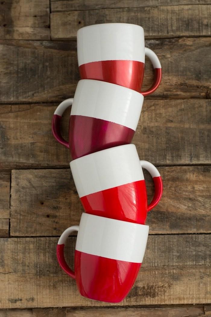 Tassen selbst bemalen, mit roter Porzellanfarbe, weiße Porzellantassen, einfache DIY Idee
