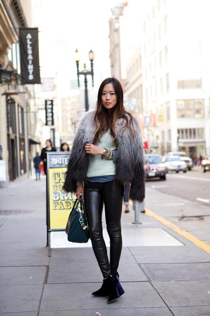 trendfarben herbst winter 2017 18, schwarze leggings, felljacke in schwarz und grau
